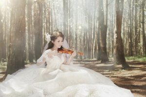 luodong-wedding-company-has-many-dress-styles-and-good-service