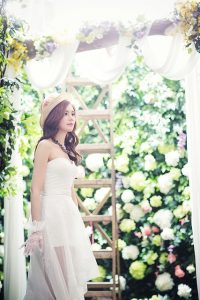 luo-dongs-wedding-dress-and-white-yarn-style-are-super-gorgeous